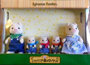 Sylvanian Families –Japanese Collection – Pig Family of 5 – Market Original
